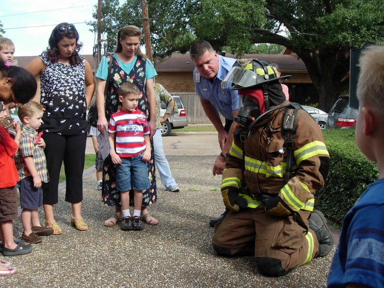 Liberty Fire Department visit Kids at Story Time.